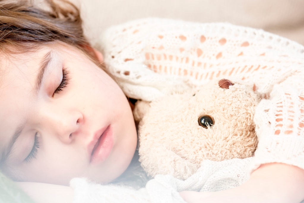 How to Get My Toddler To Sleep Through The Night | Little Human Scholars