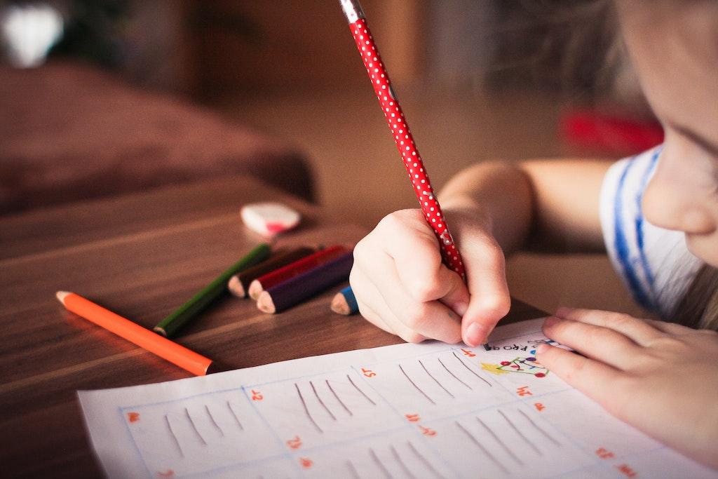 How to Help Your Child Study in Kindergarten